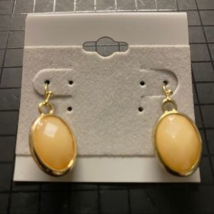 Jewelry - New Sweet Dangle Earrings